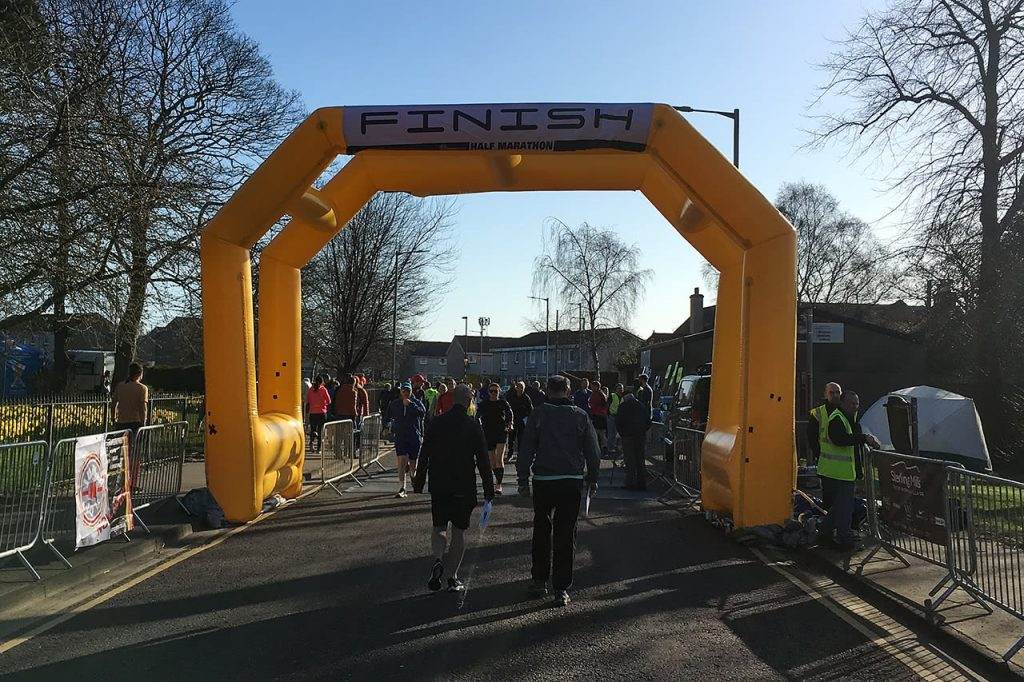 Finish line of Alloa Half Marathon before race starts